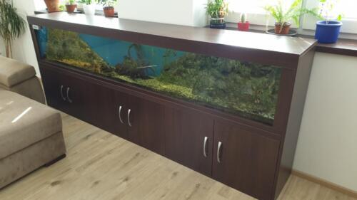 skříň akvarium (2)